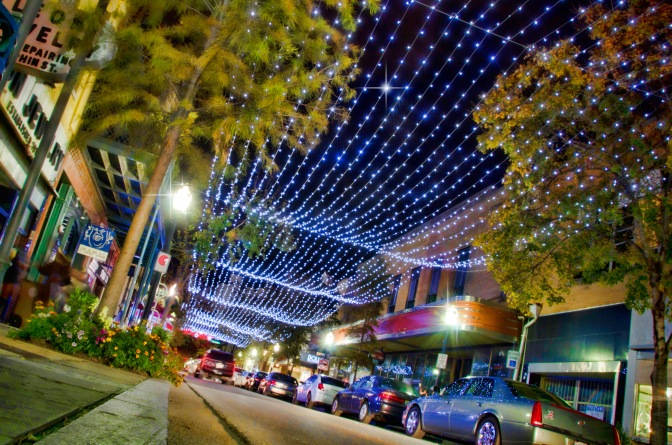 5 Reasons To Celebrate the Holidays in Mobile