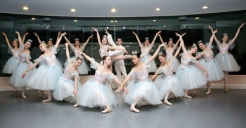 "Mobile Ballet dancers prepare for the ""Nutcracker"". (Press-Register/John David Mercer) METRO"